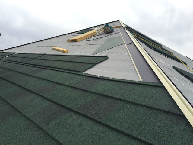 屋根のリフォーム_カバー工法