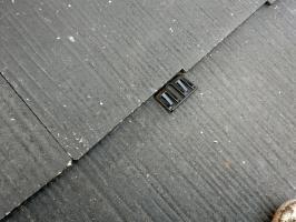 縁切り材の挿入(タスペーサー)