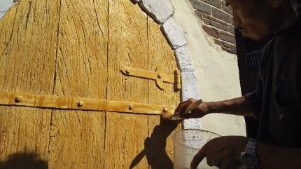 千葉県柏市 モルタル造形 木製扉