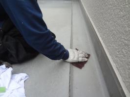 千葉県柏市N様邸の外壁塗装と屋根塗装工程:下処理(不純物除去、密着向上)