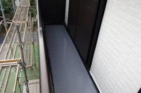 千葉県成田市M様邸の外壁塗装と屋根塗装工程:トップコート(2回塗り)