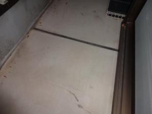 千葉県松戸市 S様邸 外壁塗装と屋根塗装のベランダトップコートの施工前写真