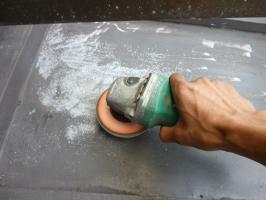 瓦棒屋根の塗装(3種ケレン)