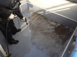 千葉県柏市M様邸の外壁塗装と屋根塗装工程:高圧洗浄