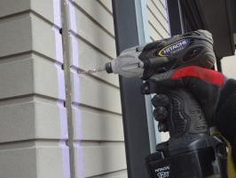 千葉県柏市O様邸の外壁塗装と屋根塗装工程:パネルの反りの直し