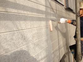 千葉県柏市M様邸の外壁塗装と屋根塗装工程:下塗り