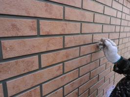 千葉県松戸市O様邸の外壁塗装と屋根塗装工程:下塗り