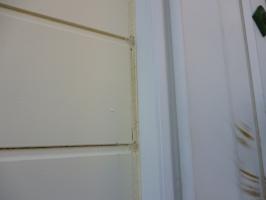 千葉県柏市K様邸の外壁塗装と屋根塗装工程:目地のコーキング剤の打ち替え(撤去)