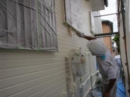 茨城県取手市T様邸の外壁塗装と屋根塗装工程:中塗り2回目 (ダイヤモンドコートBS水性)