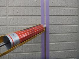 茨城県つくばみらい市N様邸の外壁塗装と屋根塗装工程:目地のコーキングの打ち替え(打ち込み)