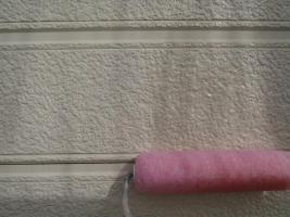 千葉県柏市O様邸の外壁塗装と屋根塗装工程:下塗り(浸透性強化シーラー)