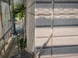 茨城県取手市T様邸の外壁塗装と屋根塗装工程:目地のコーキングの打ち替え