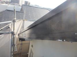 千葉県船橋市U様邸の外壁塗装と屋根塗装工程:破風板の劣化