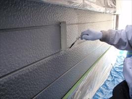 千葉県柏市和田様邸の外壁塗装と屋根塗装工程:下塗り(水性エポプライマー)