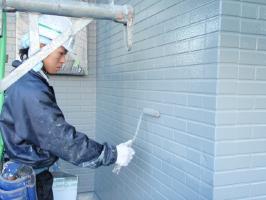千葉県野田市I様邸の外壁塗装と屋根塗装工程:上塗り