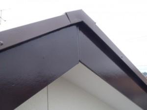 野田市の外壁塗装と屋根塗装の破風板の施工後写真