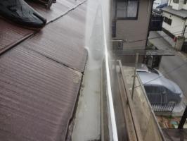 千葉県我孫子市I様邸の外壁塗装と屋根塗装工程:高圧洗浄