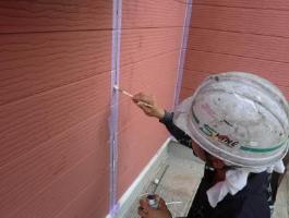 千葉県印西市H様邸の外壁塗装と屋根塗装工程:目地のコーキング剤の打ち替え