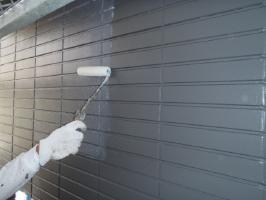 千葉県松戸市S様邸の外壁塗装と屋根塗装工程:上塗り3回目(UVカットクリヤーコーティング)