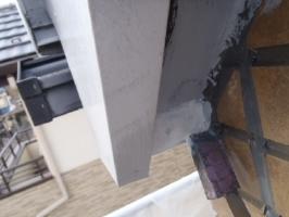 千葉県松戸市S様邸の外壁塗装と屋根塗装工程:劣化箇所のパテ処理