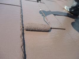 茨城県守谷市I様邸の外壁塗装と屋根塗装工程:上塗り(2回目)サーモアイSi