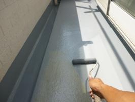 茨城県守谷市I様邸の外壁塗装と屋根塗装工程:上塗り(2回目)