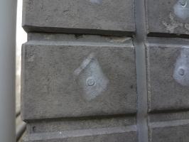 千葉県柏市N様邸の外壁塗装と屋根塗装工程:釘・ビス頭のパテ処理