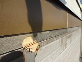千葉県柏市N様邸の外壁塗装と屋根塗装工程:強化性浸透シーラー