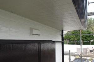 成田市の外壁塗装と屋根塗装の軒天施工後