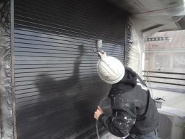 千葉県柏市O様邸の外壁塗装と屋根塗装工程:上塗り2回目(クリーンマイルドシリコン)