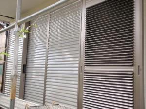 取手市の外壁塗装と屋根塗装の雨戸の施工後写真