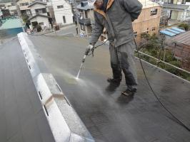 千葉県柏市O様邸の外壁塗装と屋根塗装工程:高圧洗浄
