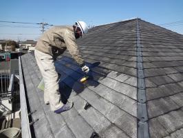 千葉県柏市O様邸の外壁塗装と屋根塗装工程:下塗り(マイルドシーラーEPO)1~2回塗り