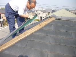 千葉県柏市I様邸の外壁塗装と屋根塗装工程:包みの撤去