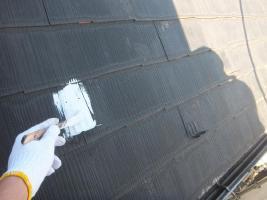 千葉県船橋市の屋根塗装工程の板金部下塗り(防錆プライマー)