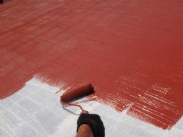 茨城県取手市T様邸の外壁塗装と屋根塗装工程:上塗り1回目(サーモアイSi)
