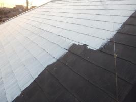 千葉県船橋市の屋根塗装工程の下塗り(サーモアイシーラー)