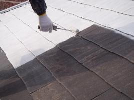 千葉県松戸市の屋根塗装工程の下塗り(サーモアイシーラー)