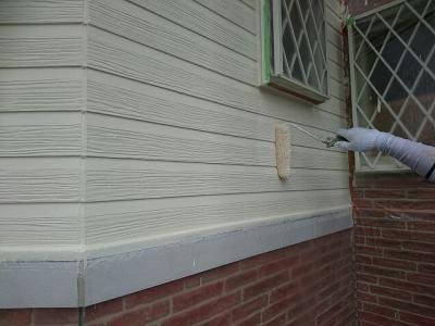 習志野市U様邸 外壁塗装 白木目調板壁