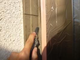 窓周りのコーキング処理2