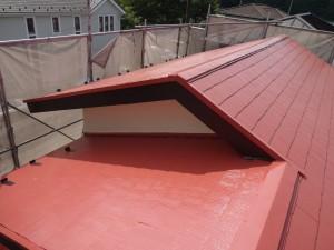 屋根塗装完工のようす
