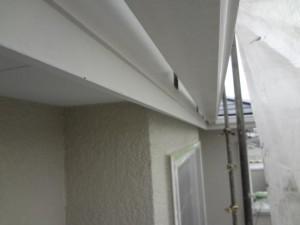 柏市の外壁塗装と屋根塗装の破風板と雨樋の施工前写真
