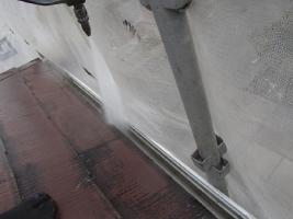 茨城県取手市K様邸の外壁塗装と屋根塗装工程:高圧洗浄