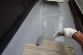 千葉県成田市M様邸の外壁塗装と屋根塗装工程:トップコート(2回塗り))