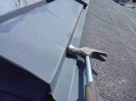 棟包みの釘の打ち込み2