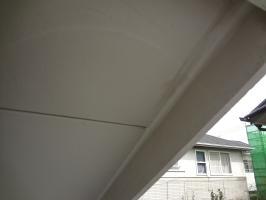 千葉県柏市N様邸の外壁塗装と屋根塗装工程:コーキング打ち替え(完了)