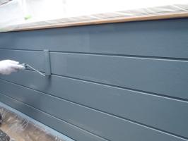 千葉県柏市O様邸の外壁塗装と屋根塗装工程:上塗り2回目 (パーフェクトトップ)