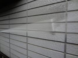 茨城県龍ヶ崎市K様邸の外壁塗装と屋根塗装工程:高圧洗浄