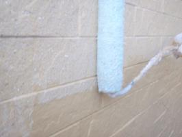 茨城県取手市H様邸の外壁塗装と屋根塗装工程:上塗り(ダイヤモンドコートGL水性プレーン)