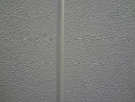 茨城県取手市O様邸の外壁塗装と屋根塗装工程:目地のコーキング処理